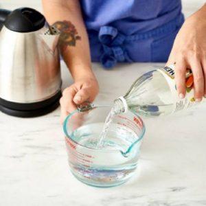 Как очистить чайник – простые и народные методы удаления накипи и грязи в домашних условиях