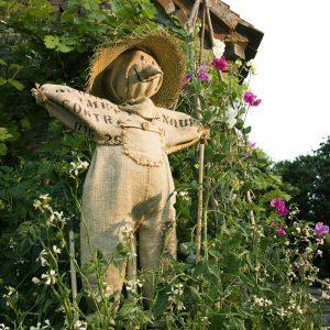 Как сделать чучело – инструкция по созданию огородного пугала своими руками (75 фото)
