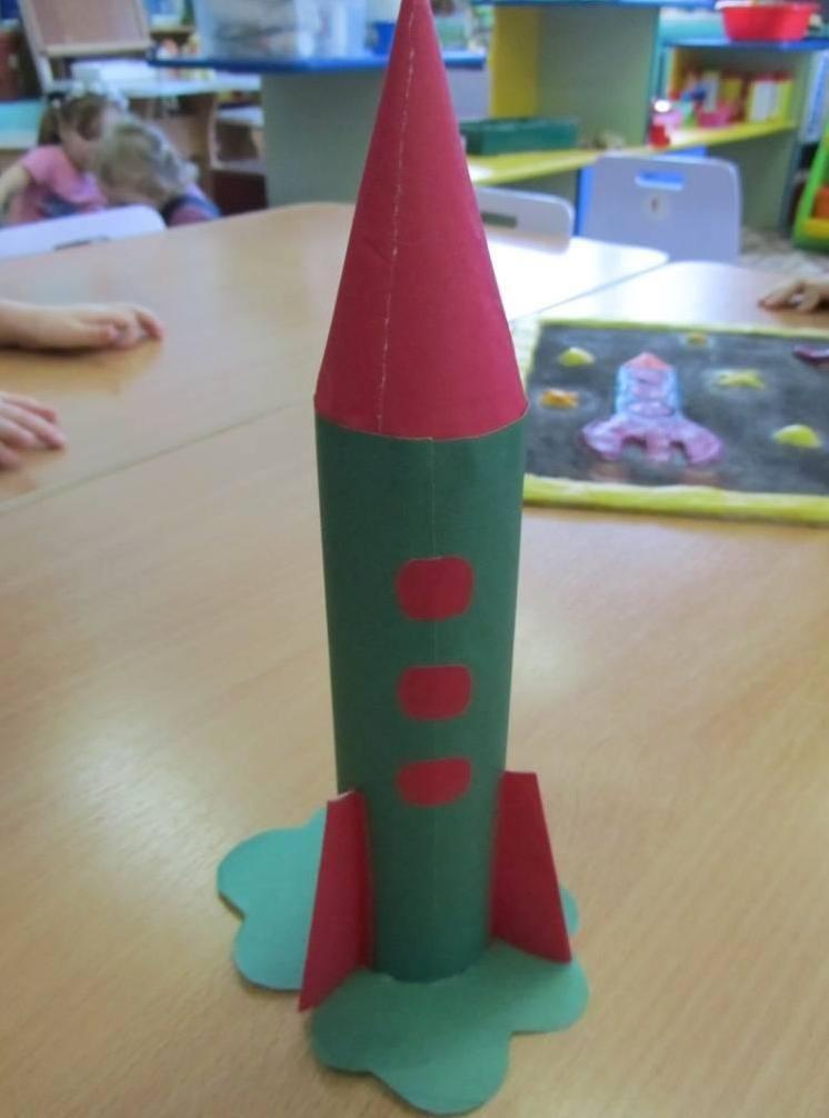 Фото поделок ракеты