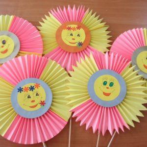 Поделка солнышко: мастер-класс с пошаговым пояснением как и из чего можно сделать детскую поделку (60 фото)