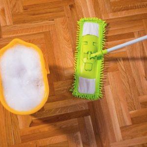 Чем отмыть линолеум в домашних условиях: пошаговая инструкция по удалению сложных типов пятен и грязи