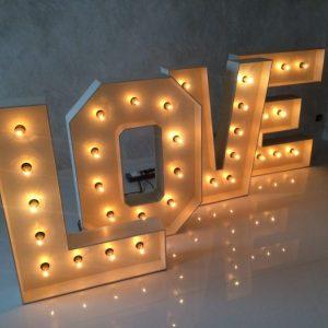 Как сделать объемные буквы – советы как легко и быстро из картона, фетра и бумаги изготовить буквы