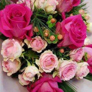 Как сохранить срезанные розы в вазе – 10 эффективных правил, как дольше сохранить цветы свежими