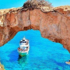 Как защитить кожу и волосы от солнца, отправляясь на Кипр